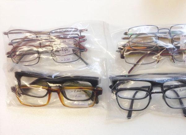 Brillenspende, vermessen und gereinigt